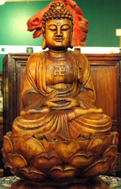 tuong-phat-gia-go
